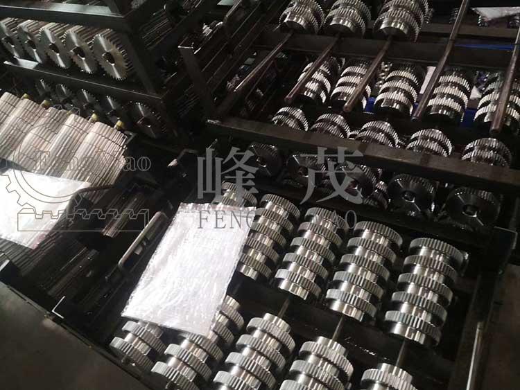 口罩机齿轮大量加工出货